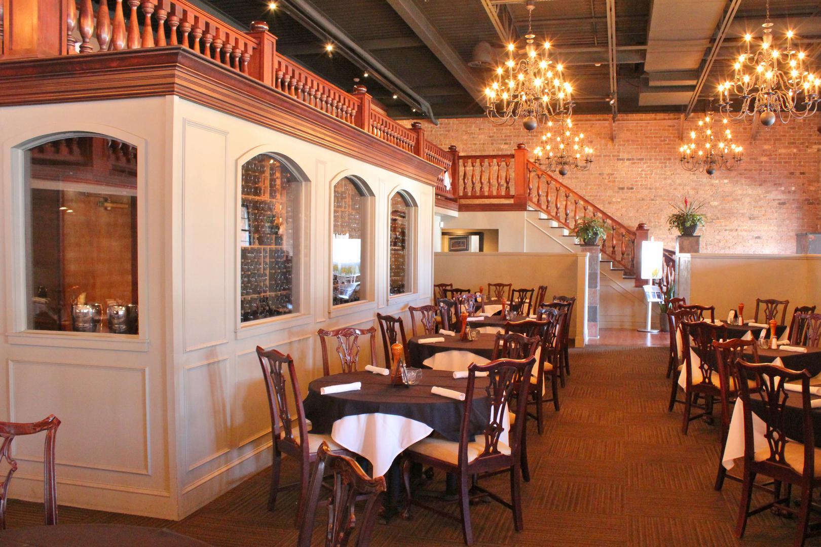 Image Courtesy: Alton's Restaurant
